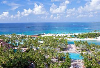 atlantis royal towers water view room guest rooms the royal paradise island atlantis bahamas resort