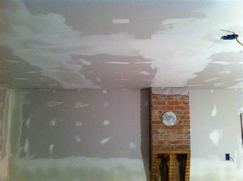 Drywalling A Ceiling By Yourself Drywall For The Win Merrypad