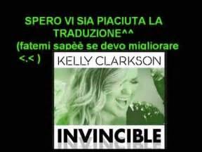 invincible testo clarkson invincible traduzione italiano testo
