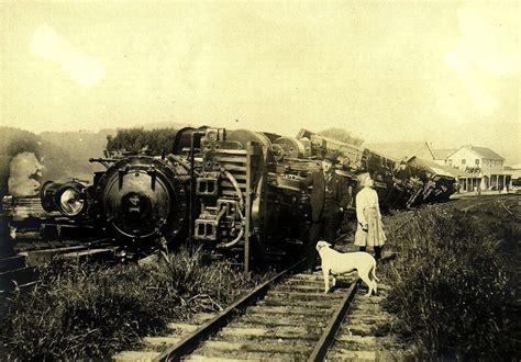 earthquake of 1906 file 1906 earthquake train jpg wikimedia commons