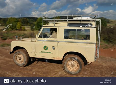 land rover series 3 off road 100 land rover safari land rover discovery 1 safari