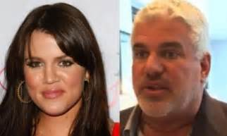 Kris Jenners Hair Dresser by Dirt Is Kris Jenner S Hairstylist Khloe S Real Plus Demi Moore S Of