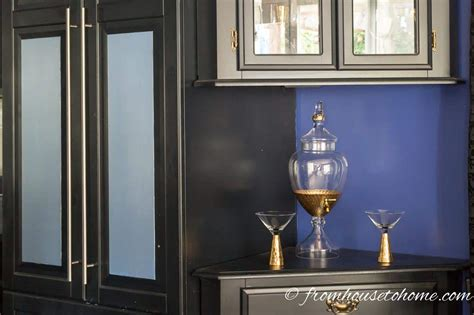 paint melamine kitchen cabinets