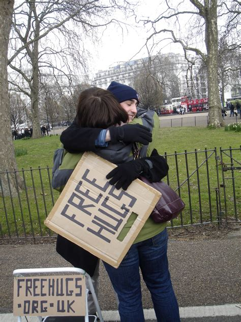 free hug guy file free hugs speaker s corner hyde park london jpg