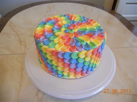 Cake Rainbow Decoration by A Collection Of Colorful Cakes Rainbow Cakes