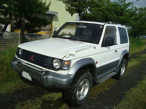 car manuals free online 2005 mitsubishi pajero parking system service manual old car manuals online 1994 mitsubishi pajero parking system service manual