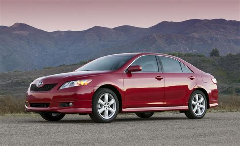 Toyota Camry Accelerator Recall Toyota To Pay Out 1 63 Billion Following 2009 Accelerator