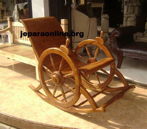 Kursi Roda Tahun kursi goyang roda