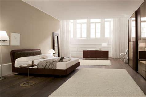 parete da letto color tortora consigli d arredo il colore marrone nell arredamento