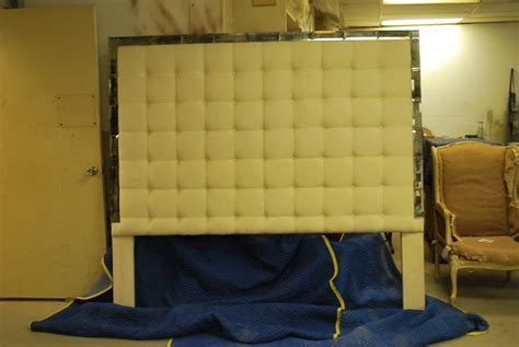 King Size Mirror Headboard by Tufted And Mirrored King Size Headboard At 1stdibs