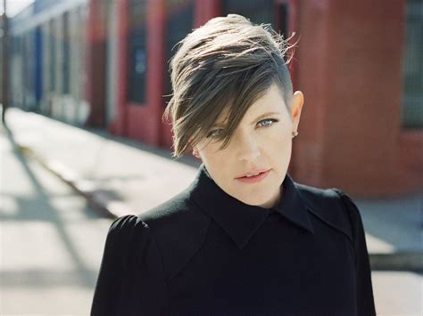 natalie maines photo 1 pictures cbs news