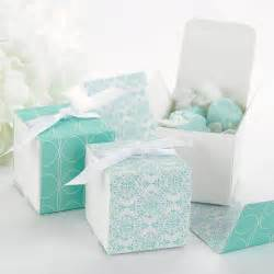 Wrapping Favors by Blue Damask Reversible Wrap Favor Boxes 25