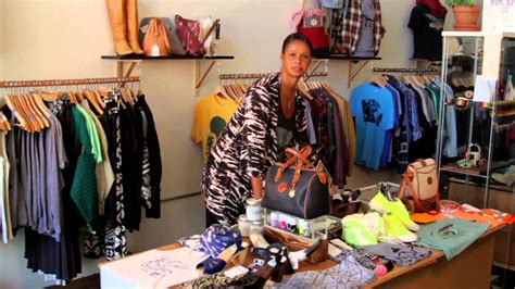 how to maximize clothing boutique space fashion design