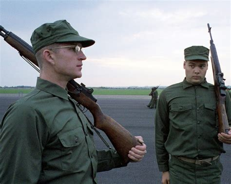 matthew modine photos full metal jacket vincent d onofrio matthew modine full metal jacket photo