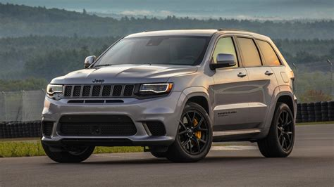 jeep trackhawk grey 2018 jeep grand cherokee trackhawk first drive hellcat