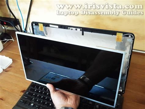 toshiba satellite p pd p pd screen removal guide