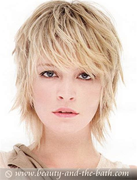 Fine Short Hair No Layers | short layered haircuts fine hair