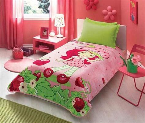 Strawberry Shortcake Crib Bedding 45 Best Images About Strawberry Shortcake Bedding On More Best Bedding