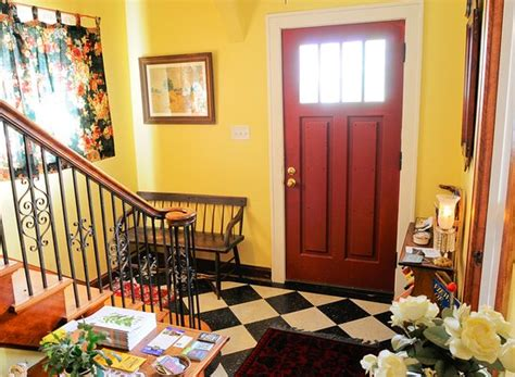 bed and breakfast traverse city mi oviatt house bed and breakfast b b reviews price