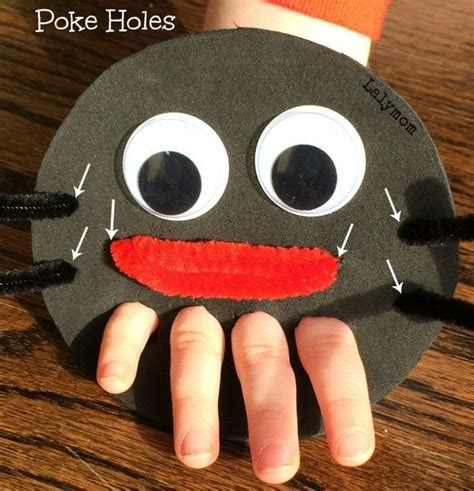 itsy bitsy spider finger puppet  fine motor play fine