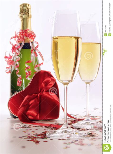 Lifestyle The Heartbreaker Drink For St Valentines by Glasses Of Chagne For Valentines Day With Stock