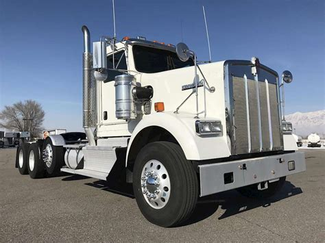 2013 kenworth trucks for sale 2013 kenworth w900 day cab truck for sale 372 600 miles