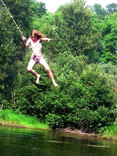 tarzan swings tarzan swing medeba