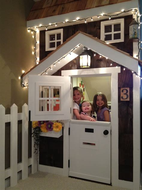Ana White   Kids' Playhouse (under stairs)   DIY Projects