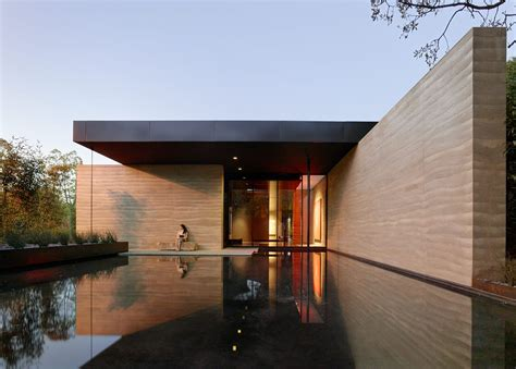 rammed earth house windhover contemplative center arcitektur mi casa su casa pinterest rammed