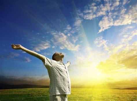 imagenes de jesus levantando a un hombre palabra para hoy lunes mayo 5 la ley de jehov 225 est 233 en