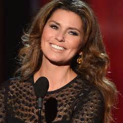 Shania twain extends tour talks missing life on the road