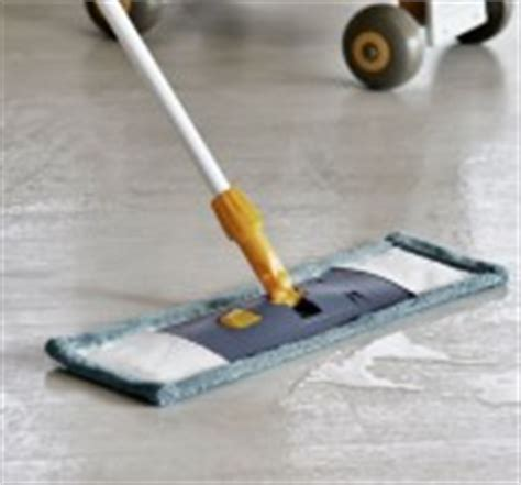 pvc boden reinigen und pflegen pvc meterware bei hornbach kaufen
