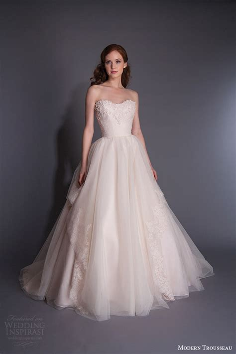 Modern Wedding Dresses by Modern Wedding Dresses 2016