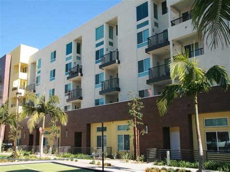 Huntington Apartments On Edinger The Boardwalk Apartments Huntington Ca Walk Score