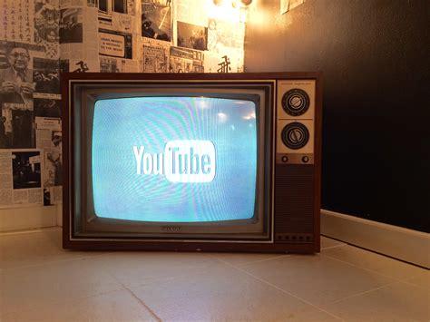 chromecast lets redditor  youtube   ancient tv