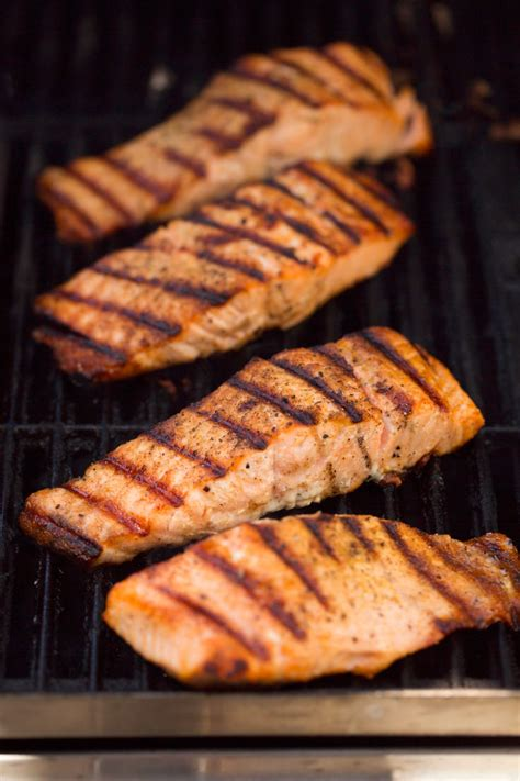 how to grill salmon on a gas grill