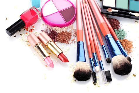 Makeup And Cleaning Brushes