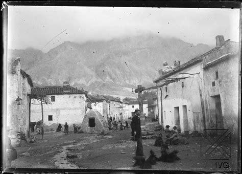 imagenes en antiguas fotos antiguas de drcal y cozvjar sobre 1900