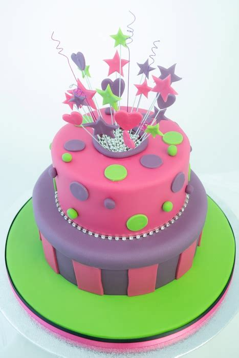 explosion box birthday cake tutorial 1000 images about explosion on pinterest explosions
