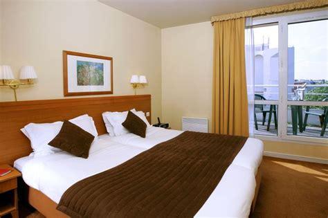 ta one bedroom apartment citadines montmartre paris sur h 244 tel 224 paris