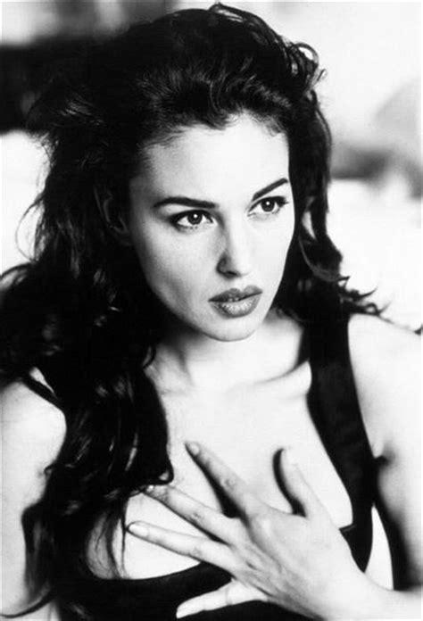monica bellucci young monica bellucci young cerca con google celebrities 183 s