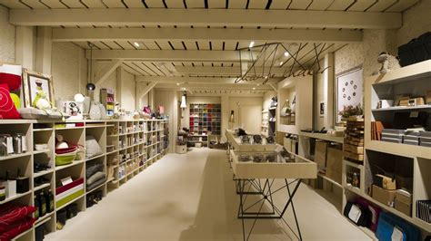 retail interior design imagine these retail interior design change maker shop
