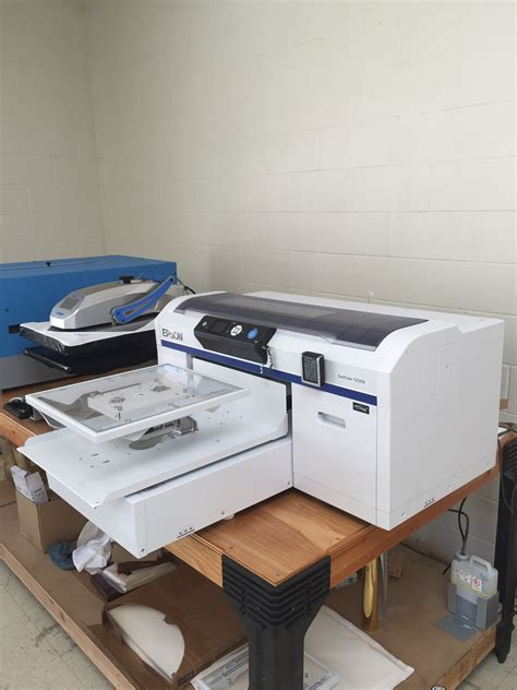 Printer Epson Surecolor Dtg F2000 epson f2000 surecolor direct to garment printer