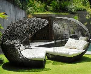 Patio Chaise Lounge Chairs The Art Of Garden Furniture The Garden Of Eaden