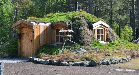 earth homes now underground berm rammed sheltered houses norwegian earth sheltered hut home design garden