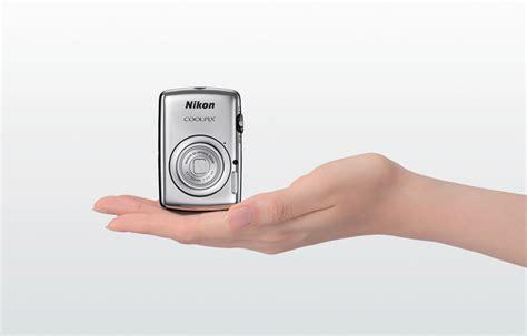 nikon smallest coolpix s01 nikon s smallest digital
