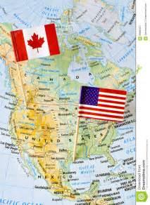 canada et goupille de drapeau des etats unis sur la carte