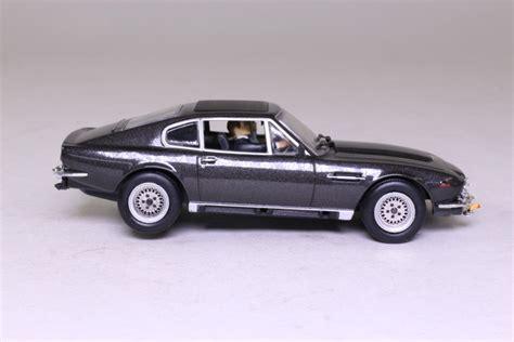 Living Daylights Aston Martin by Bond 14 Aston Martin V8 Vantage The Living