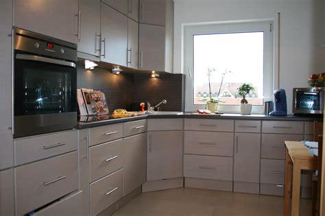 Helle Küche Welche Wandfarbe by Wohnzimmer Gardinen Design