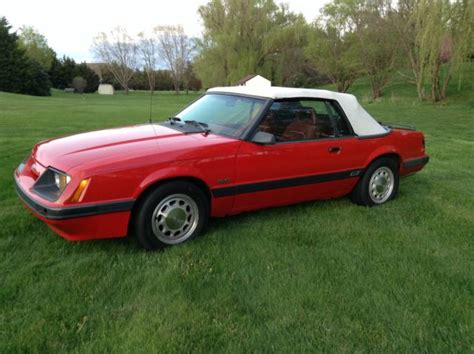 bid 2 win 1986 ford mustang gt convertible 2 door 5 0l no